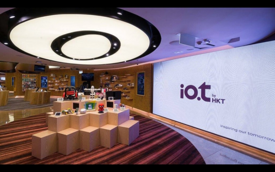 James Law Cybertecture design for Hong Kongs first internet of things concept store